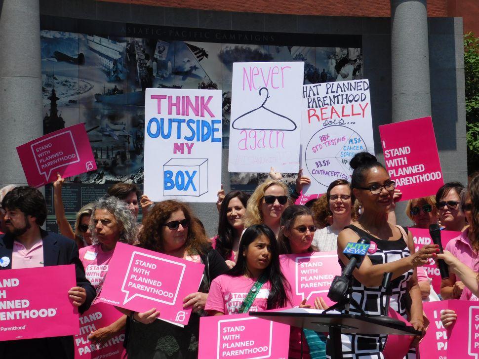 NJ Dems Plan Override Vote on Veto of Planned Parenthood Funding