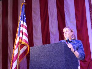 Guadagno speaks at a Ramadan dinner.