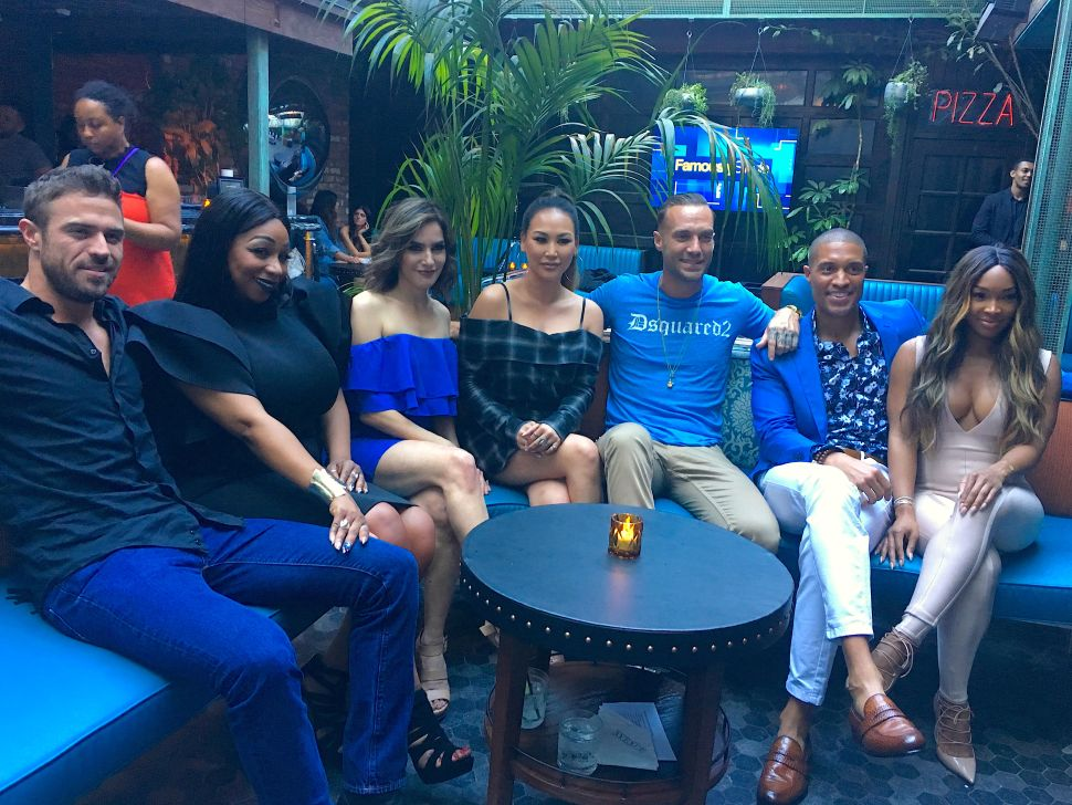 Entertaining AF:  Speed-Dating With 'Bachelor' Chad Johnson; 'Famously Single' Cast