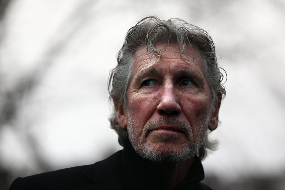 Roger Waters' 'Is This the Life We Really Want' Confronts Society's Ills Head On