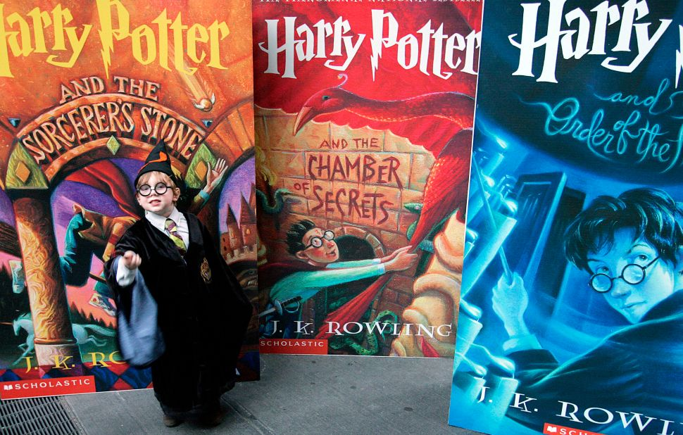 Here's How to Unlock Facebook's Secret Harry Potter Anniversary Feature