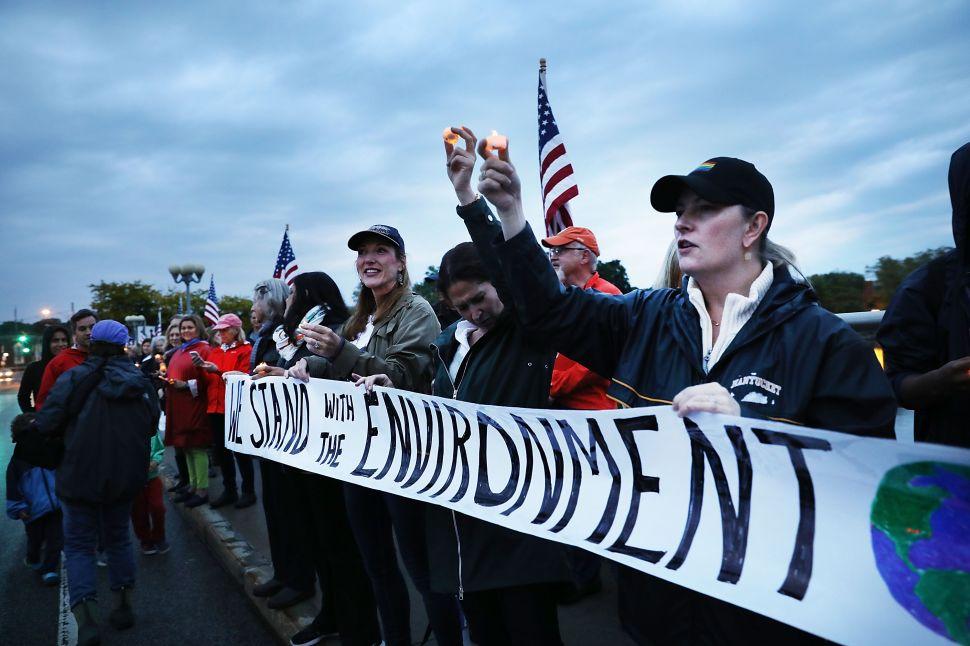 How Apple, Facebook, Google and Amazon Are Resisting Trump's Paris Accord Exit