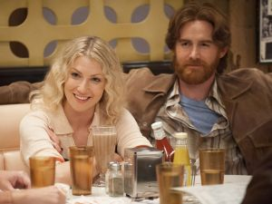 Ari Graynor as Cassie and Andrew Santino as Bill in I'm Dying Up Here.