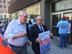 City Comptroller Scott Stringer visited the IBEW Local 3 Picket Line outside of the Spectrum/Time Warner Cable office at 2554 Broadway in Manhattan.