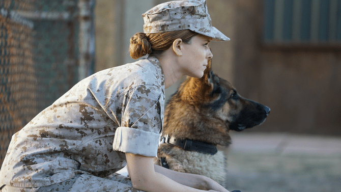 Best Friends Forever: Kate Mara Girl-and-Dog Drama 'Megan Leavey' Bites