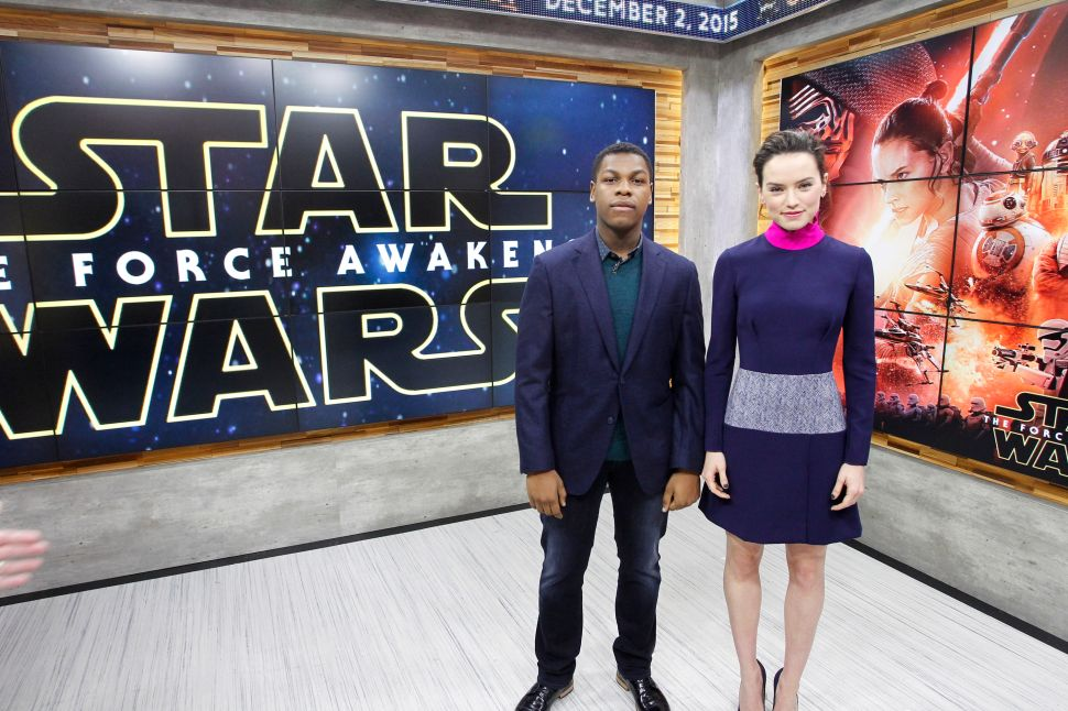 'Star Wars' Star John Boyega Rips 'Game of Thrones' for Lack of Diversity