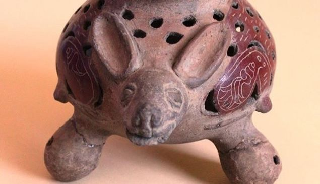 """An object from Puebla/Central Mexico and dated to 900-1200 CE, featured in the """"Fascination with Fauna"""" exhibition at San Francisco's Mexican Museum."""