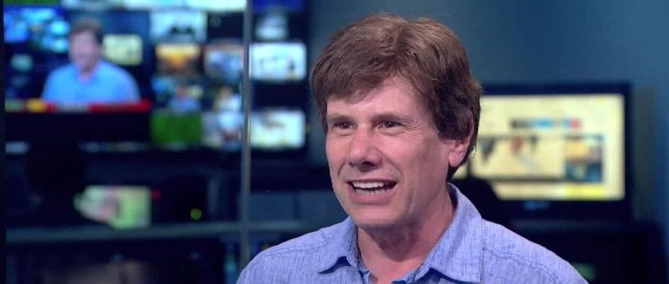 Snopes Starts GoFundMe to Fight Media Company 'Holding the Site Hostage'