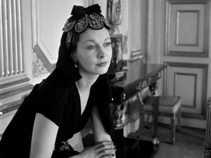 Vivien Leigh at the British Embassy, Paris, 1947.