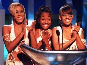 "Tionne ""T-Boz"" Watkins, Rozonda ""Chilli"" Thomas and Lisa ""Left Eye"" Lopes of the group TLC at the 1995 MTV Video Music Awards."