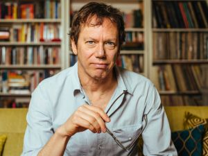 Robert Greene shares why it's necessary to embrace loneliness to get through our struggles.