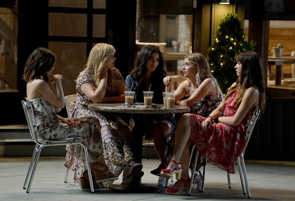 'Pretty Little Liars' Creator Dishes on the Series and Hints Future Spinoff