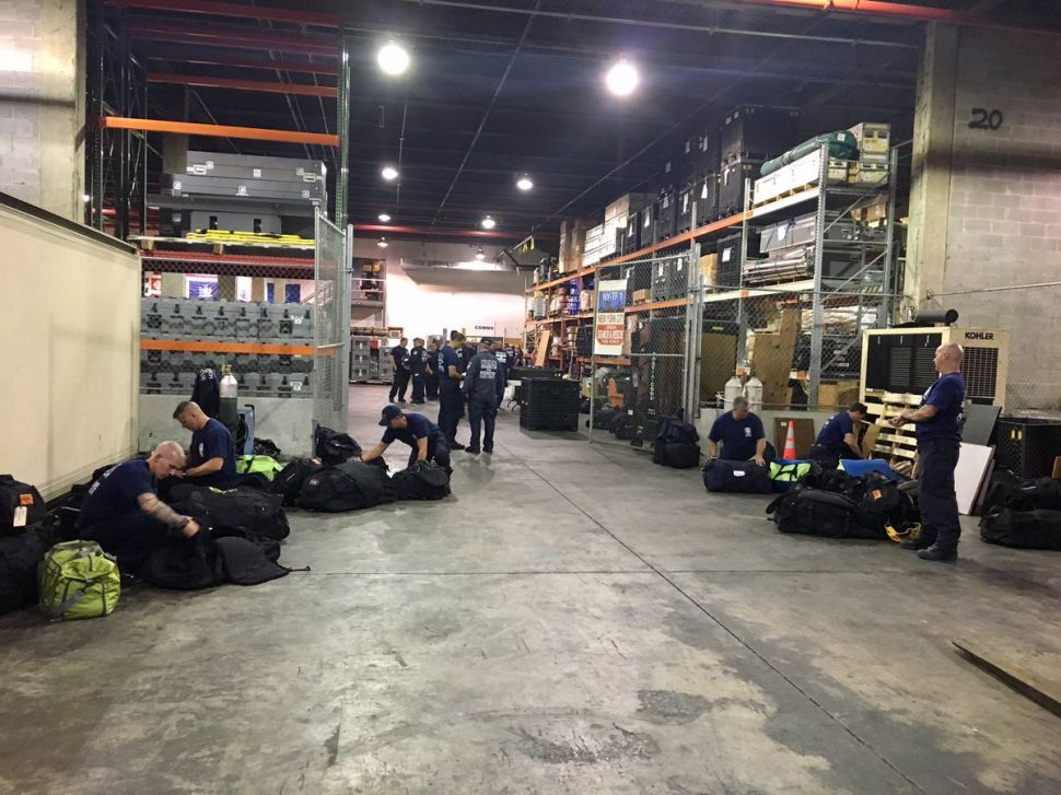 De Blasio Sends Emergency Response Team to Houston