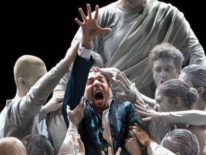 A minimalistic but terrifying finale to 'Don Giovanni'