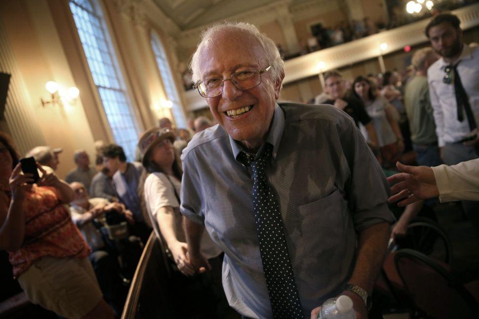 Progressives Prepare to Serve Bernie Sanders Petition to Start New Party