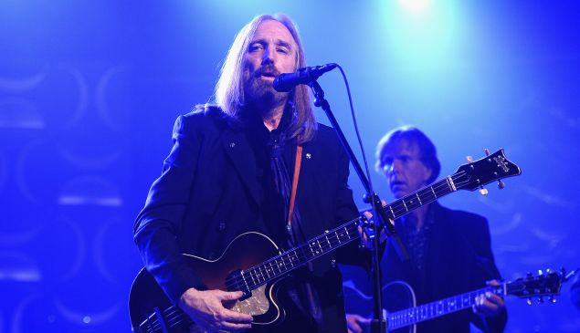 Tom Petty performs onstage during the Songwriters Hall Of Fame 47th Annual Induction
