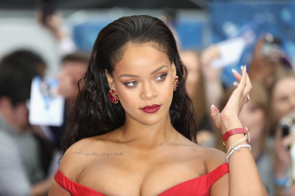 Rihanna Is Suing Her Father, but She Isn't the First Celeb to Take a Parent to Court