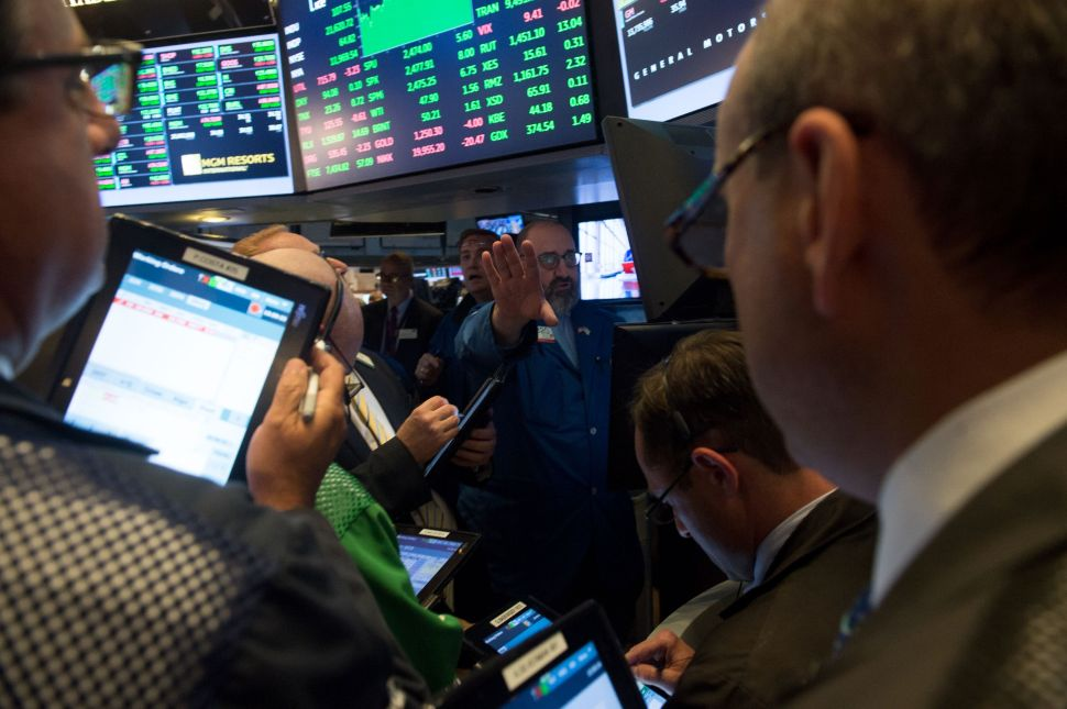 Why Crowds Aren't Always Wise: Lessons From Mini-Flash Crashes on Wall Street