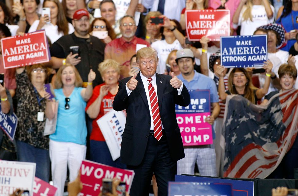 At Trump's Phoenix Rally, Cranky Old Man Throws a Temper Tantrum