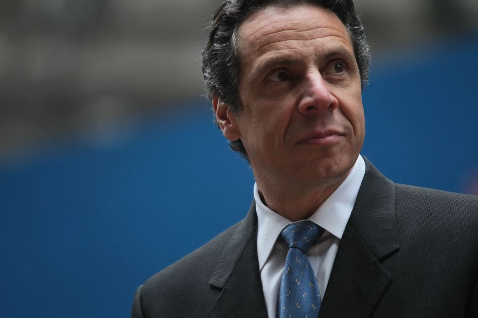 Cuomo Considering Monitor for NYCHA Amid Lead Paint Scandal