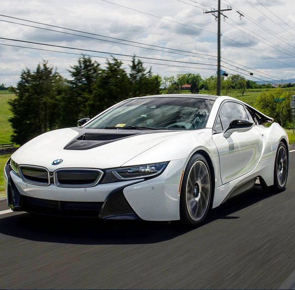 As an Electric Car, BMW's i8 Is Already Out of Date