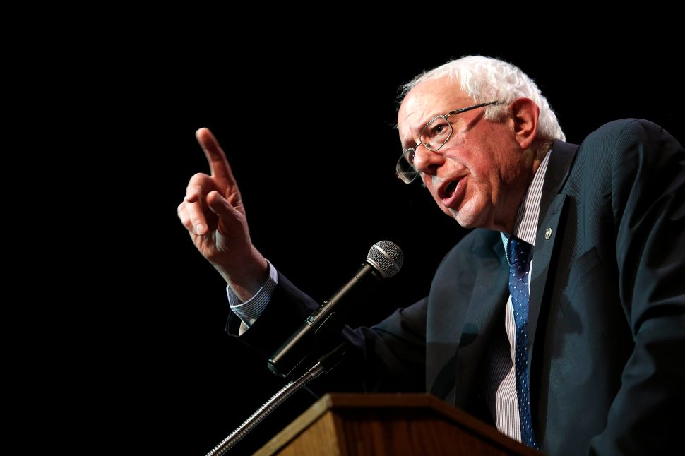 What Really Happened: Bernie Sanders Refutes Hillary Clinton's Book