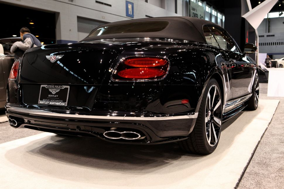 There Are Only 2 Problems With Bentley's Continental V8 Convertible