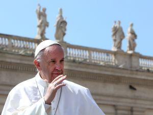 Jonathan Pryce Pope Francis Netflix