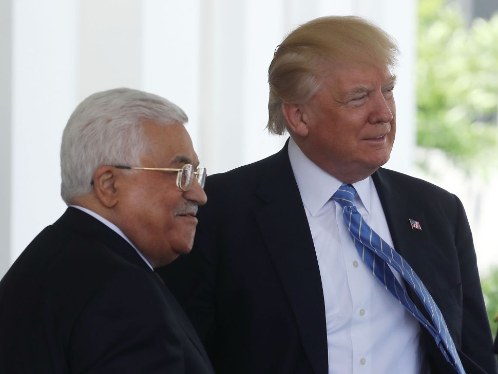 Abbas Tells Trump and UN, Palestinians Will Embrace Two-State Solution With Israel
