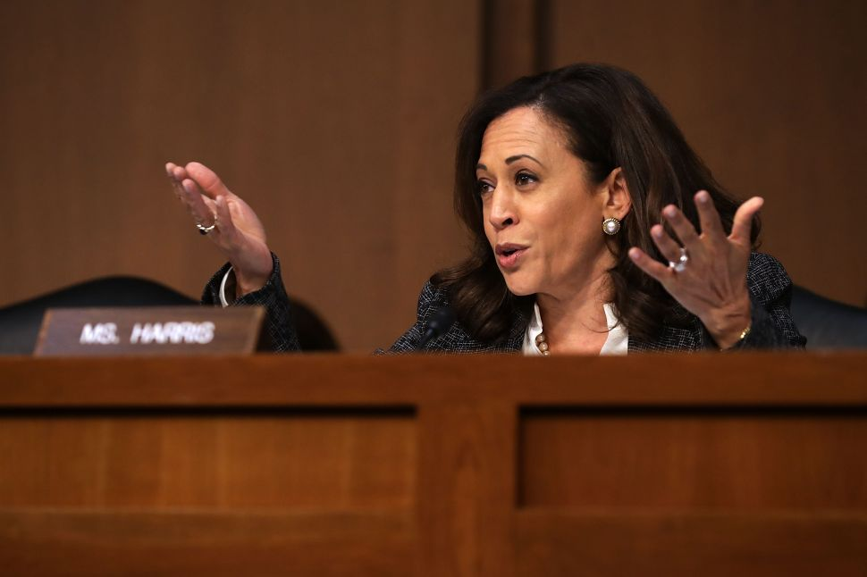 Is Kamala Harris' Support for Medicare for All Pandering or Sincere?