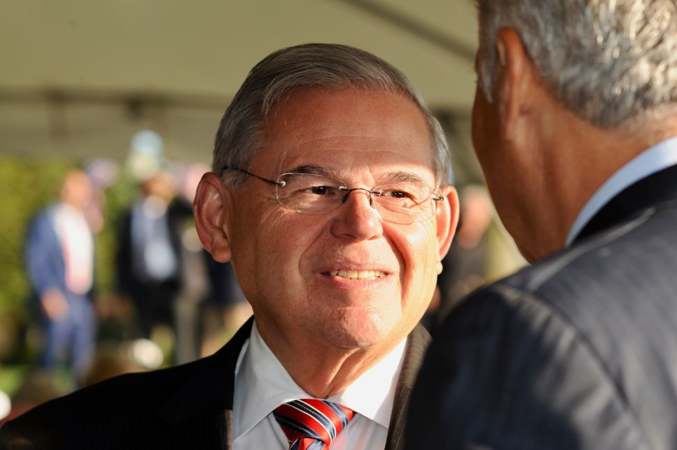 Prosecutors Say Menendez Knowingly Concealed Flights and Gifts