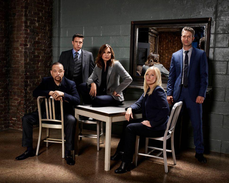 Mariska Hargitay and Brooke Shields Will Duke It Out on New 'Law & Order: SVU'