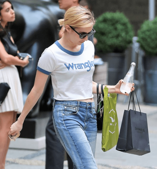 Emma Roberts and Busy Phillips Have Been Spotted in These Jeans