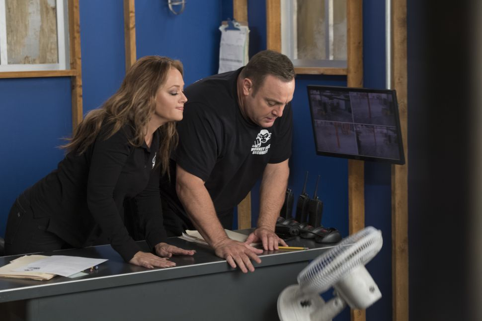 Kevin James on Why 'Kevin Can Wait' Dumped Erinn Hayes