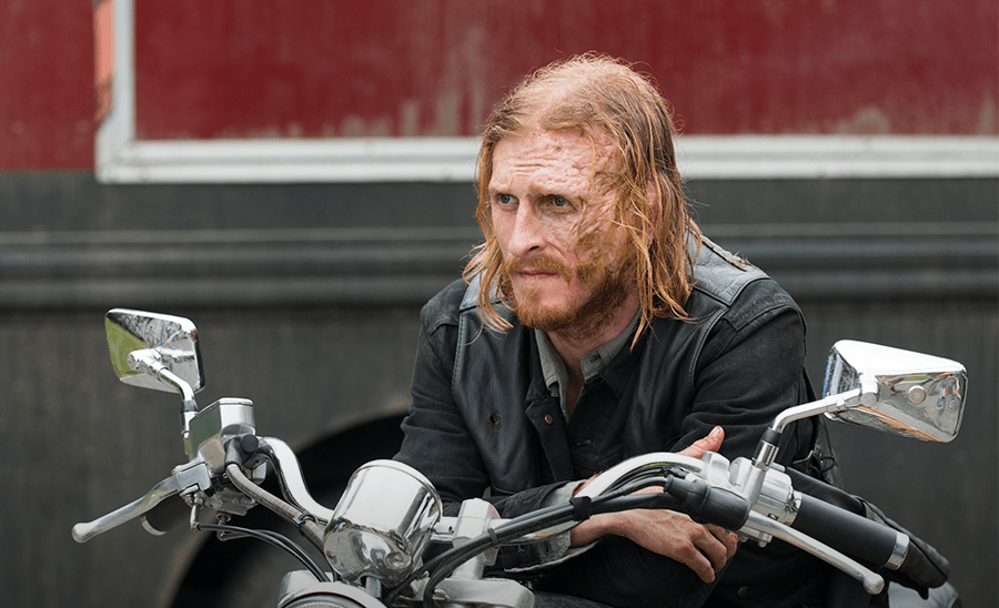 'Walking Dead' Star Teases What's to Come in Season 8