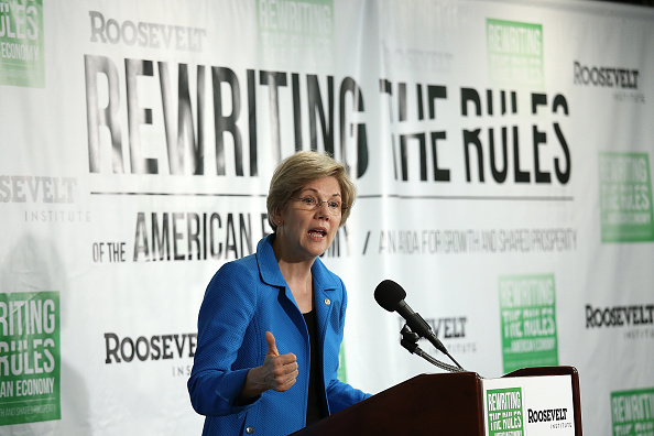 Elizabeth Warren Calls de Blasio 'Progressive Leader' New York Needs