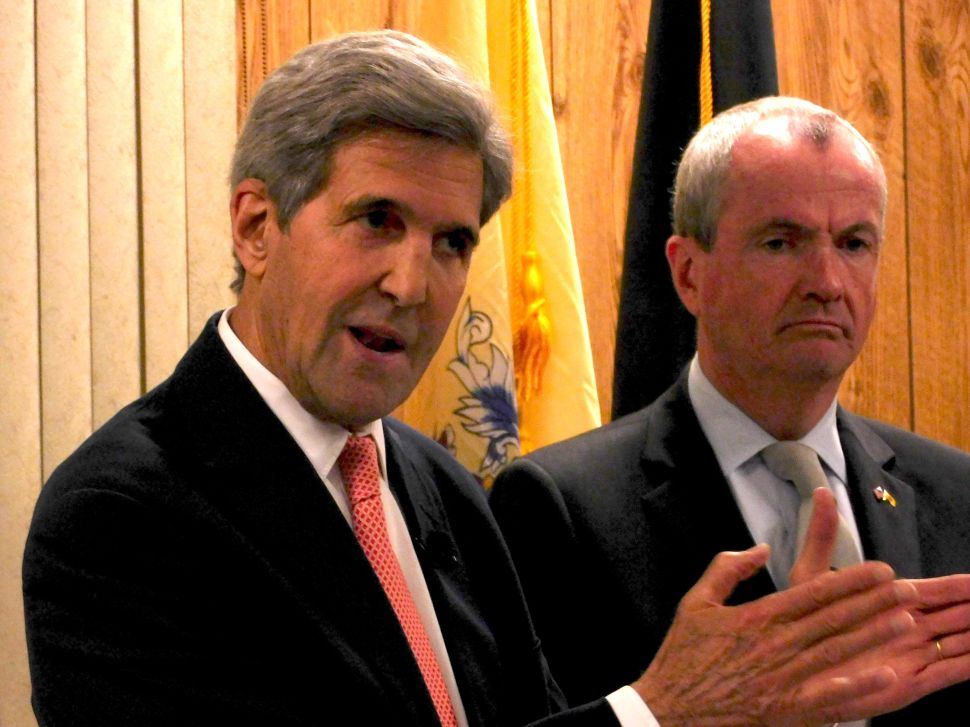 John Kerry Backs Murphy at Event With NJ Veterans