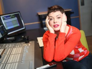 Rose McGowan became a social media hero this year.