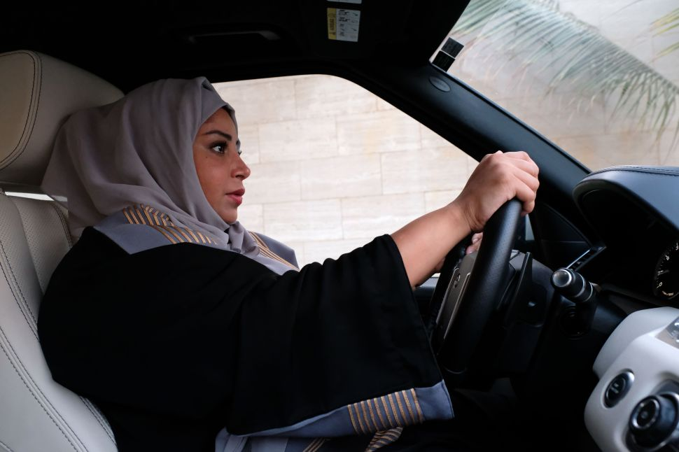 Saudi Arabia Bets on Women Drivers to Boost Troubling Economy
