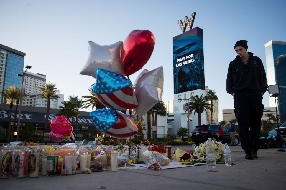 Gun Rights Website Advertises Free Firearms After Las Vegas Shooting