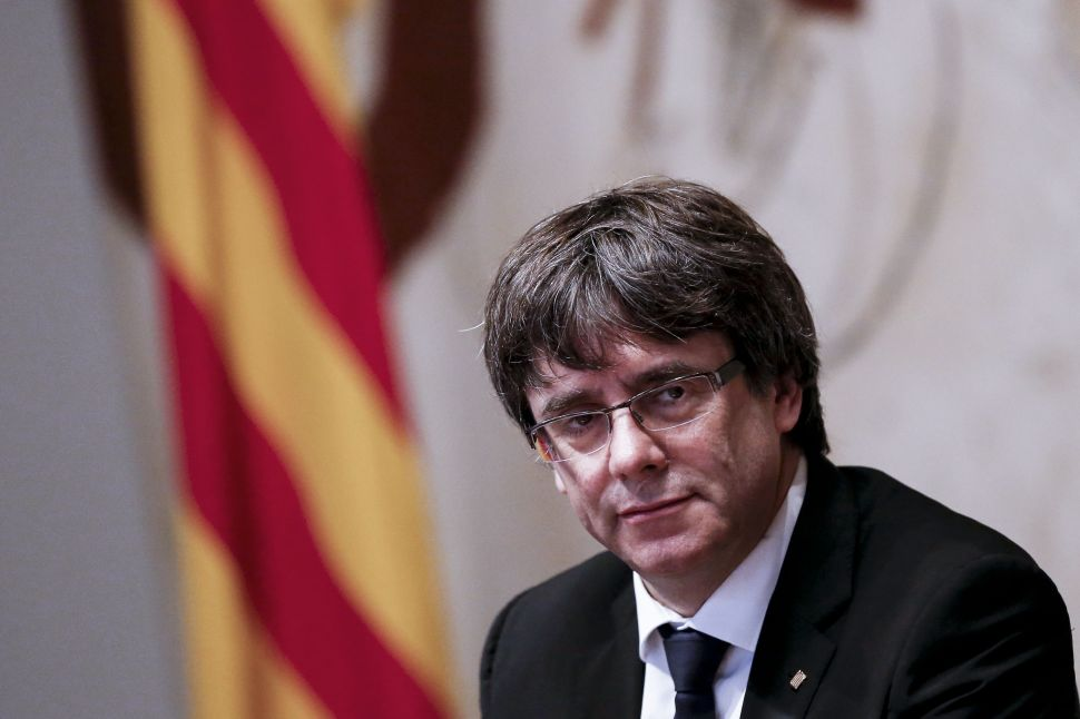 Catalan President Thumbs Nose at Spanish Government, Calls It 'Worst' Since Franco