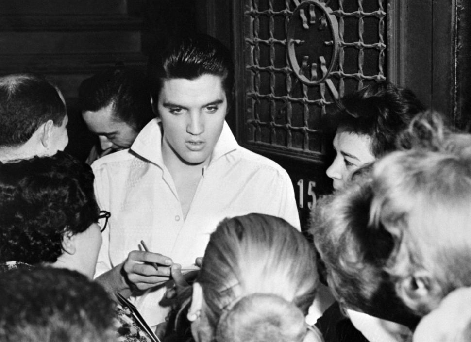 Apple Backs Away From Weinstein Co.'s Elvis Presley Series Despite Need for Content