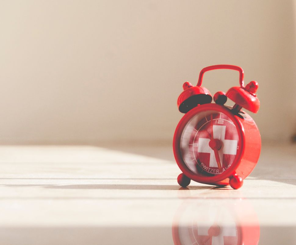 How to Use Daylight Savings Time to Your Advantage This Fall