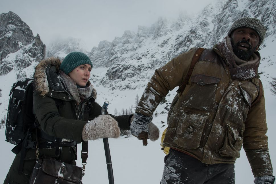 'The Mountain Between Us' Stars Separated by Miserable Lack of Chemistry
