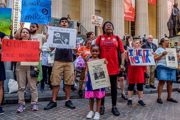 De Blasio Regrets Not Discussing NYCHA Lead Paint Scandal Sooner