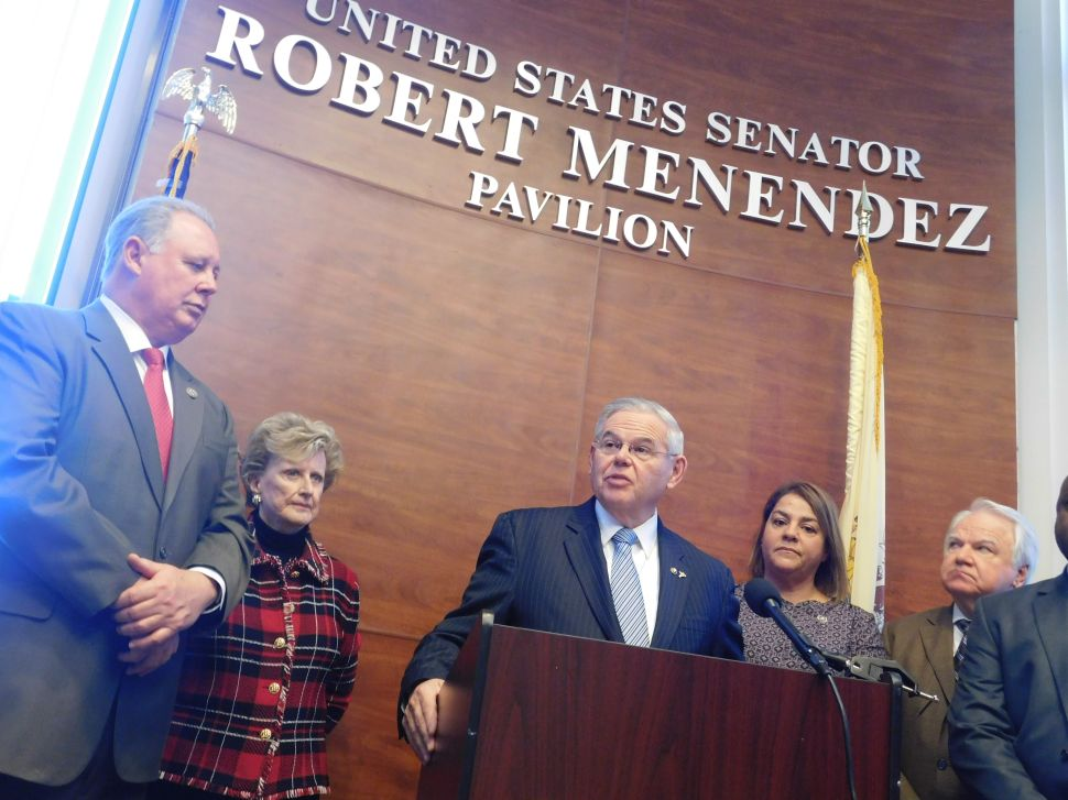 Menendez: 10 Jurors 'Did Not Believe Any of the Charges'