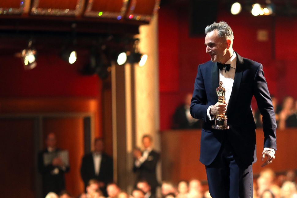 Daniel Day-Lewis Breaks the Hearts of Millions by Confirming His Retirement