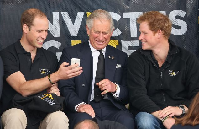 royal family on cellphones