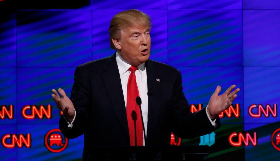 Trump Versus CNN Noise Misses the Bigger Problem With Time Warner-AT&T Merger
