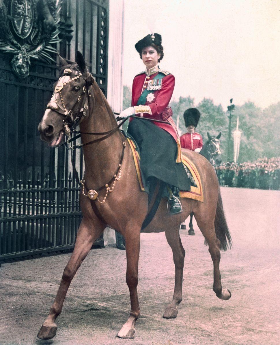 Queen Elizabeth Celebrated Her 70th Wedding Anniversary on Horseback